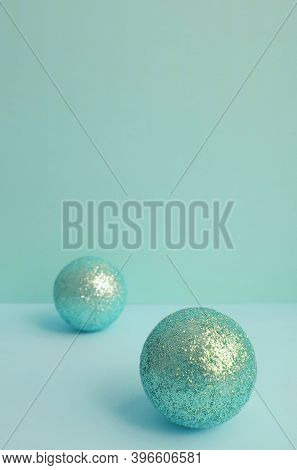Selective Focus  Glitter Green Spheres. Blurred Background. Circles. Balls. Geometric Objects.stylis