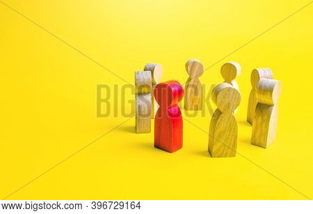 Red Man Stands With People In A Circle. Communication And Diplomatic Negotiation Process. Leader Lea