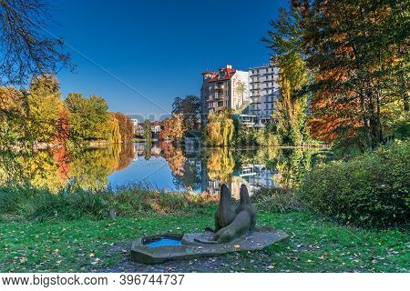 Berlin, Germany - November 7, 2020: Shore Of Lake Lietzen With Buildings Of Haus See-eck And Ringhot