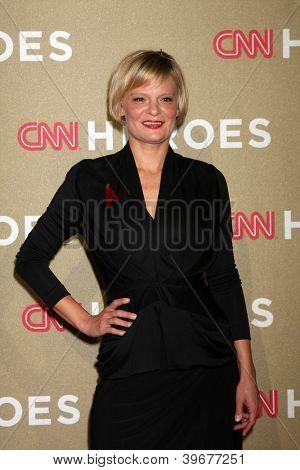 LOS ANGELES - DEC 2:  Martha Plimpton arrives to the 2012 CNN Heroes Awards at Shrine Auditorium on December 2, 2012 in Los Angeles, CA