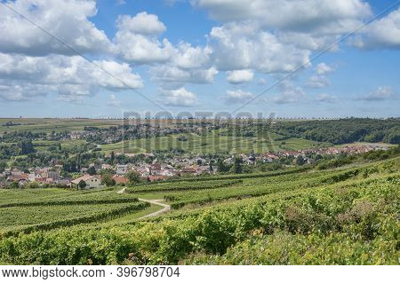 Wine Village Of Jugenheim In Rhinehessen Wine Region,germany