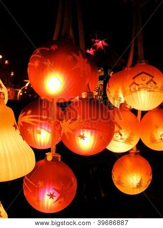 Illuminated Christmas Ornaments