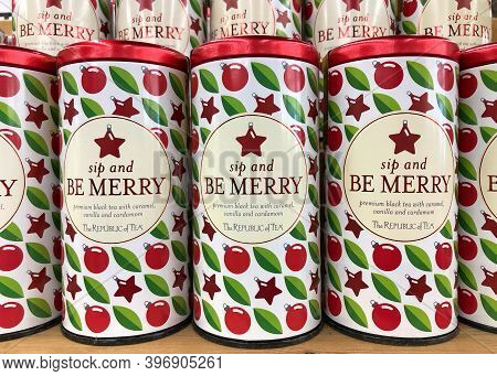 Oakland, Ca - Nov 12, 2020: Grocery Store Shelf With Tins Of Republic Of Tea Brand Flavored Tea, Sip