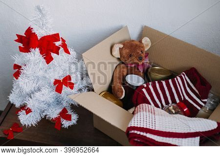 Christmas Donation Hampers, Help Refugees And Homeless. Xmas Charity Donation Box With Warm Clothes,