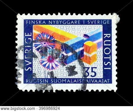 Finland - Circa 1967 : Cancelled Postage Stamp Printed By Finland, That Depicts Finnish Settlers In