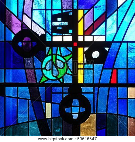 Stained glass window depicting crossed keys