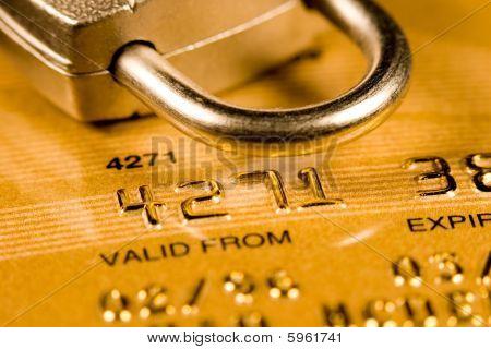 Karta kredytowa bezpieczeństwa