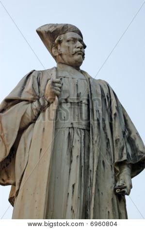 Sorabjee Shapurjee Bengalee statue