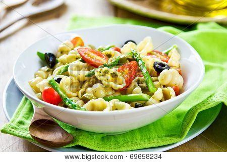 Gnocchi With Asparagus Salad In Pesto Dressing