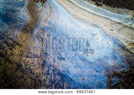 Liquid Oil On Water With Marble Wash Effects