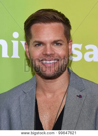 LOS ANGELES - AUG 12:  Wes Chatham arrives to the arrives to the Summer 2015 TCA's - NBCUniversal  on August 12, 2015 in Beverly Hills, CA