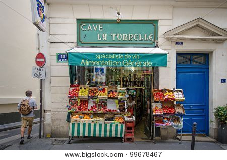Small grocer in the Sainte-Germain district in Paris
