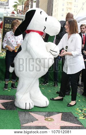 LOS ANGELES - NOV 2:  Snoopy, Ana Martinez at the Snoopy Hollywood Walk of Fame Ceremony at the Hollywood Walk of Fame on November 2, 2015 in Los Angeles, CA