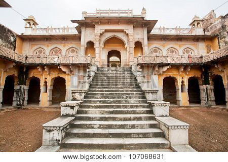 Cenotaphs Of Gaitore Symbolise The Perfect Blending Of Islamic Architecture And Hindu Temple Archite