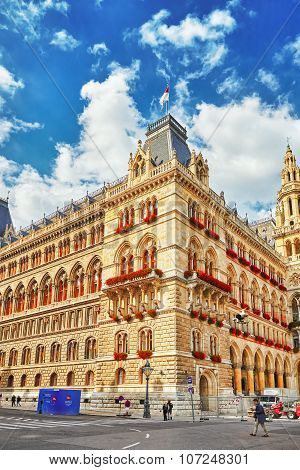 Vienna, Austria- September 10, 2015 : Vienna's Town Hall (rathaus). The Town Hall Also Serves, In Pe