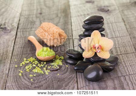 Spa With Bath Salt, Loofah And Zen Stones
