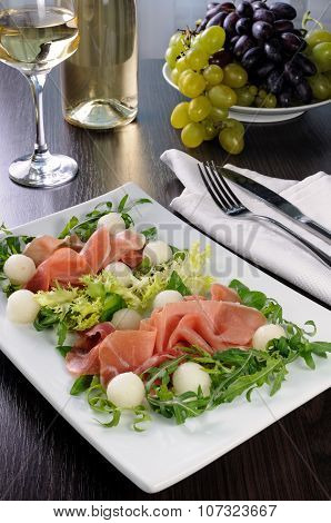 Salad With Ham And Melon