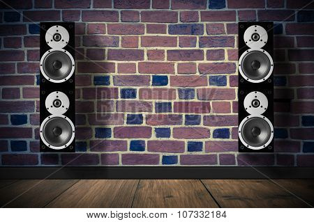 Black high gloss music speakers