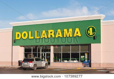 Dollarama Storefront