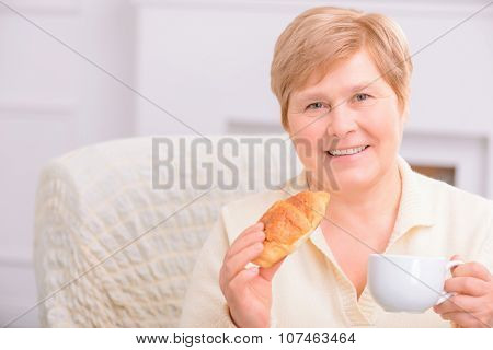 Loving couple drinking tea