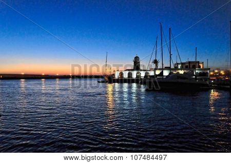 Harbour El Rubicon at night