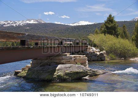 Tuolumne bridge closeup, Yosemite