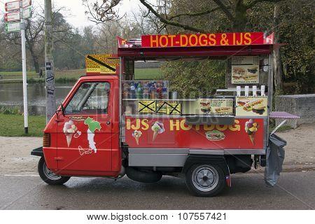 Vespa Piaggio Ape 50 Hot Dog Car