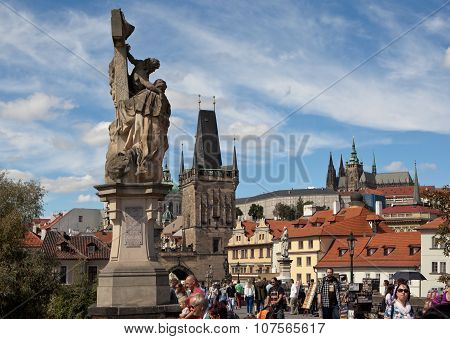 PRAGUE, CZECH REPUBLIC-SEPTEMBER 05, 2015: Photo of At the Charles Bridge.