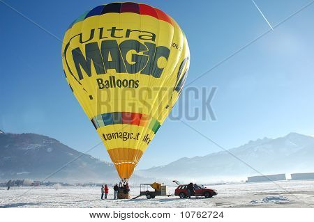 Bp Gas Balloon Trophy 2010