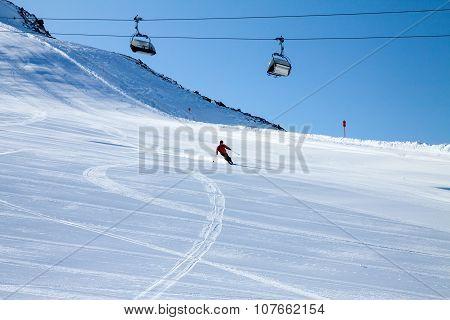 skier, extreme winter sport