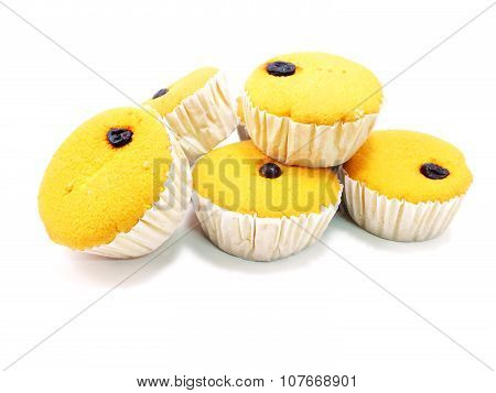 raisin, small, fork, snack, sponge, wheat, yellow, yummy, sugar, sweet, tasty, baked, food, cake, close up, brown, breakfast, bakery, bread, flour, dining, cup, dessert, egg, cupcake, delicious, black poster
