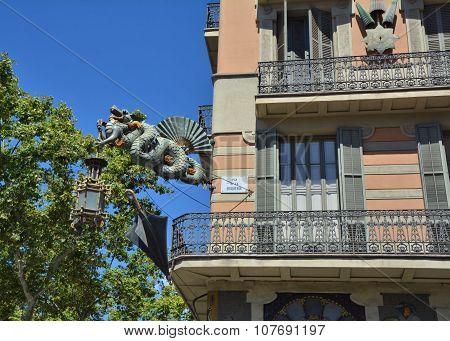 Dragon In Barcelona Rambla
