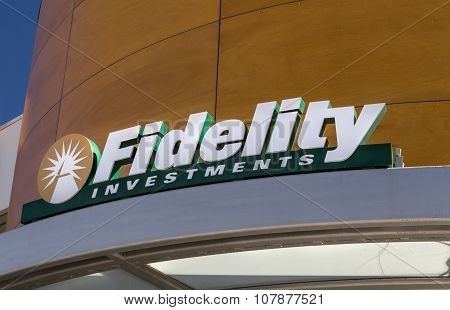 Fidelity Investments Exterior And Logo