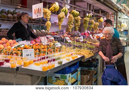 Fruit Stand 3
