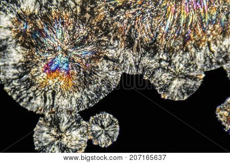 microscopic Loperamide crystals illuminated with polarized light