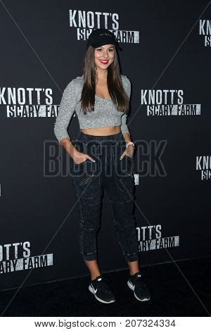 LOS ANGELES - SEP 29:  Kira Kosarin at the Knott's Scary Farm and Instagram Celebrity Night at the Knott's Berry Farm on September 29, 2017 in Buena Parks, CA