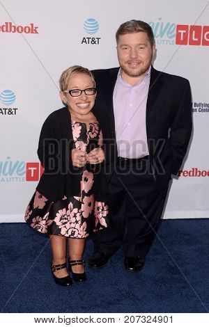 LOS ANGELES - SEP 27:  Jen Arnold, Bill Klein at the TLC's Give A Little Awards at the NeueHouse Hollywood on September 27, 2017 in Los Angeles, CA