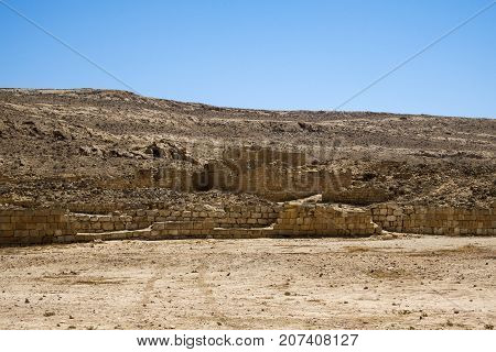 Outskirts of excavations of the Nabatean city of Mamshit (Israel, 1st century BC)