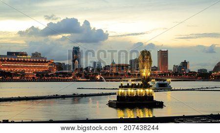 SINGAPORE-26 Aug 2017. Illuminated Modern design lighting sculpture art part of water fountain light show preparing for performance in marina bay, Singapore