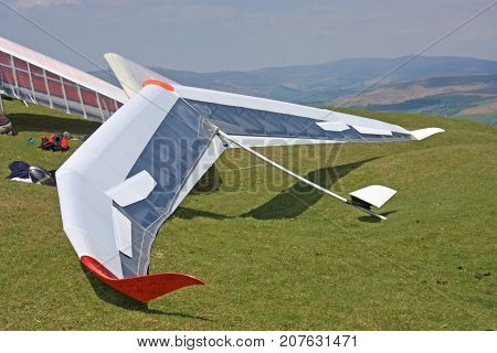 Hang Gliders prepared to fly on the Blorenge