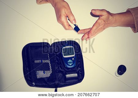 Measuring Blood Sugar With A Glucometer At Home