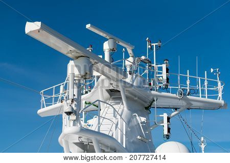 Navigation and radar equipment and antenna on the mast of cruise ship