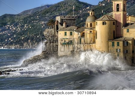 rough seas in Camogli