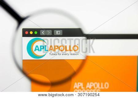 New York, New York State, Usa - 18 June 2019: Illustrative Editorial Of Apl Apollo Tubes Website Hom
