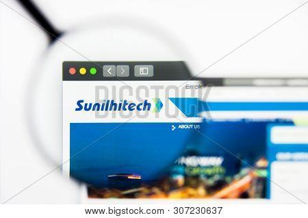 New York, New York State, Usa - 19 June 2019: Illustrative Editorial Of Sunil Hitech Engineers Websi