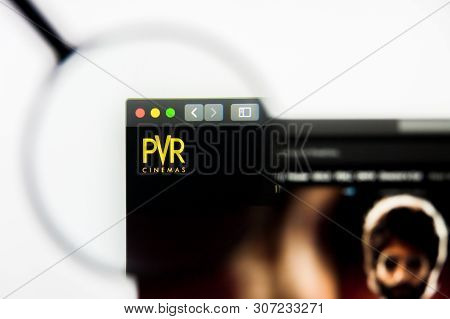 New York, New York State, Usa - 19 June 2019: Illustrative Editorial Of Pvr Website Homepage. Pvr Lo