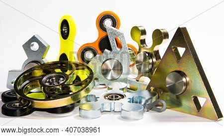 Several Fidget Spinners To Relax, Relieve Stress, Play