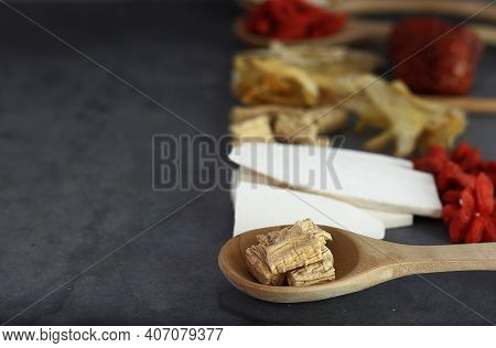 Spoon Of  Radix Codonopsis Pilosulae - Chinese Herbs