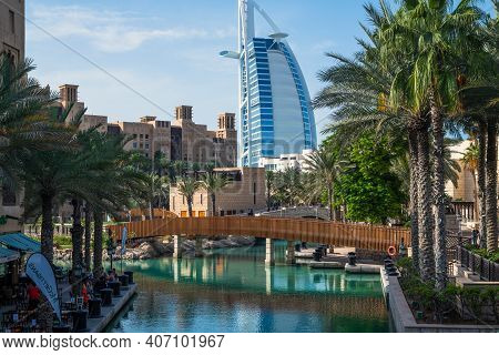 Dubai, Uae - April 8. 2018. Burj Al Arab - View From Side Of Madinat Jumeirah