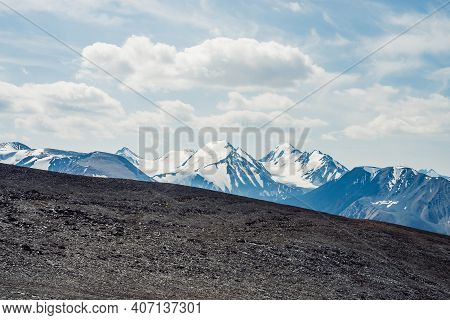 View From Stony Pass To Great Mountain Range And Glacier. Snow On Top Of Giant Mountain Ridge. Sceni